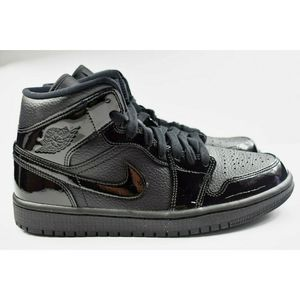 Nike Air Jordan 1 Mid (Womens Size 7) BQ6472 003